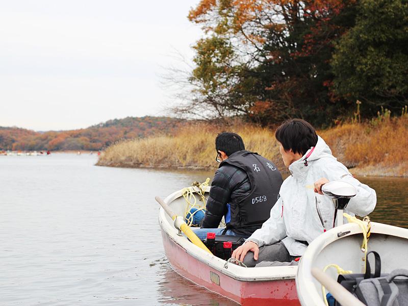 手漕ぎレンタルボート